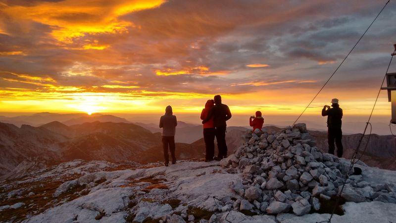Sonnenuntergang bei einer zweitägigen Wanderung